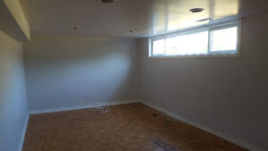bachelor basement in scarborough available now
