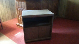 SWIVEL TOP TV STAND