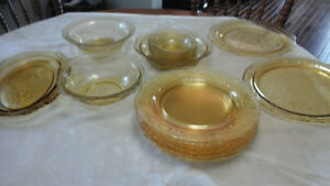 Depression Glass Dishes