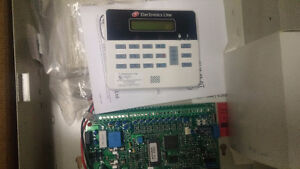 SUMMIT 3208 Security system main control panel and LCD keypad