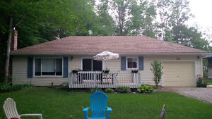 POINT CLARK COTTAGE FOR RENT BETWEEN GODERICH/KINCARDINE
