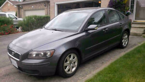 2005 Volvo S40 2.4i Sedan Certified and E-Tested $3900obo