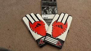 Soccer Goal Keepers Gloves (Adidas size 9)