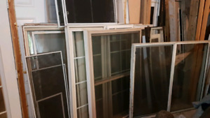 Used vinyl windows