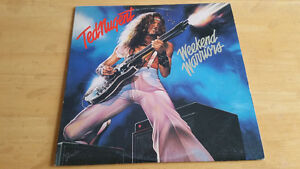 Records Vinyl in great condition for sale. St. John's Newfoundland image 6