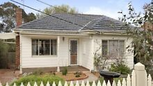 Weatherboard house available (House Only) Ashwood Monash Area Preview