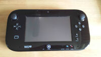 Nintendo Wii U 32 gb system with Super Mario 3D and NintendoLand