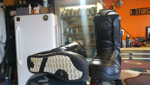 Size 9 K2 Snowboard Boots With Boa laces