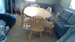 Table with 6 chairs great condition only $60