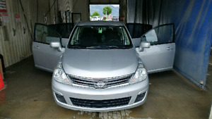 2010 Nissan Versa S in excellent condition. 112400 kms.