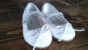 little girls sparkly white shoes