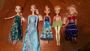 Elsa barbie dolls.