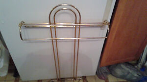 BRASS VALET FOR HANGING CLOTHES $15 Peterborough Peterborough Area image 1