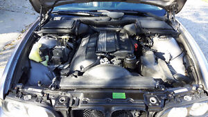 2000 BMW E39 5-Series 528i Great running, clean. Just serviced Windsor Region Ontario image 5