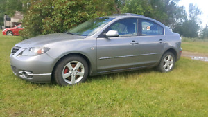 2006 Mazda 3  WELL MAINTAINED!