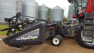 35ft Macdon D50 with agco adapter