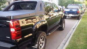 2008 Chevrolet Avalanche lifted Pickup Truck
