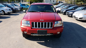 2004 JEEP GRAND CHEROKEE  4X4 V8 IN MINT CONDITION