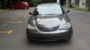 2006 Toyota Camry 172000 Km 3799 $ Négo