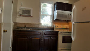No Damage Deposit, Single Kitchenette, Move in Ready. Now