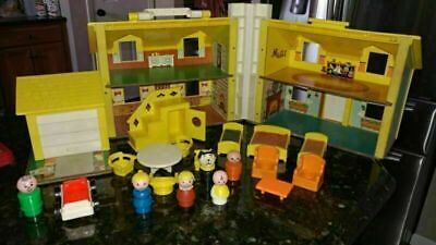 Vintage #952 Fisher Price Little People Play Family Yellow House INCOMPLETE