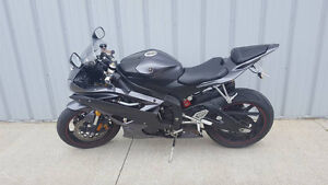 Want to trade my 07 R6 for a Dirtbike