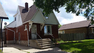 SOLD!!!1.75 Storey Double Lot House in Jackson Park Area