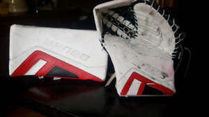 Bauer total one NXG goalie glove set