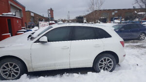 PARTING OUT AUDI Q5 2010 , 3.2 118K SUV