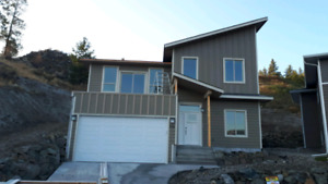 New 2018 Built Home Ready to Move In! PRICE REDUCED TO $599,900