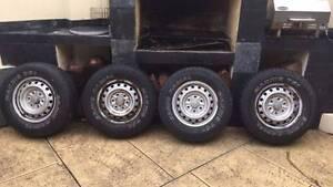 5 x Maxxis Bravo 751 Tyres, Wheels, Rims Como South Perth Area Preview