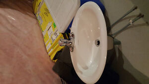 Brand new sink and faucet Kitchener / Waterloo Kitchener Area image 2