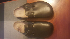 Birkenstock boston clogs  black leather