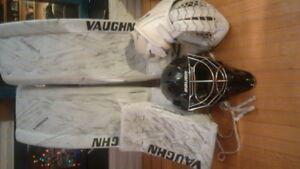 Full pro spec goalie gear