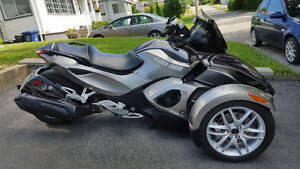 ***** BRP - Can Am Spyder RS - SE5 - 2013  - Très propre *****