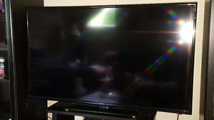 "NEW CONDITION INSIGNIA 48"" LED 1080P TV"