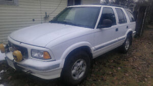 1997 GMC Jimmy SUV, Crossover Prince George British Columbia image 2