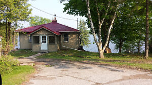 water front cottage for rental call me 416 823 3552