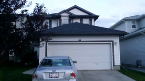 House for rent in Wild Rose. Available 1st Sep. $1900+utilities