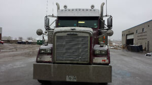 2007 Freightliner Classic For a Sale