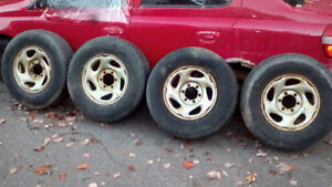 4 Toyota 4 Runner Tires on rims