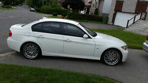 BMW 328I 2007 AUTOMATIQUE (!!! MAGS 19', PNEUS D'HIVER !!!)
