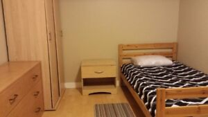 MOVE IN NOW -ALL INCLUDED - FURNISHED ROOM - MONTH BY MONTH OK