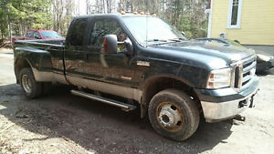 2006 Ford F-350 XLT roues double diesel 4X4