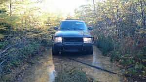 2X 2005 GMC Jimmy LS for sale