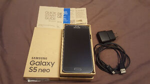 WIND/FREEDOM UNLOCKED SAMSUNG S5 NEO MINT CONDITION!