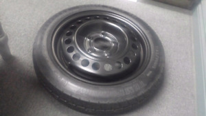 SPARE TIRE T125/70 D15 95M GOODYEAR  WITH JACK