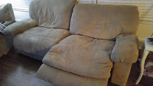 Reclining couch and lounge