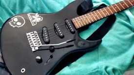 YAMAHA Electric Guitar Good Condition, Whammy bar, low action