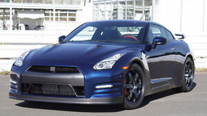 2013+ Nissan GT-R in Blue